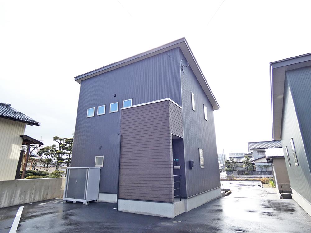 貸家(2階建)