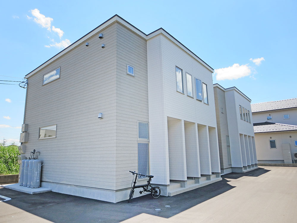 D-BOX灯明寺B棟101号室(2階建-1階)