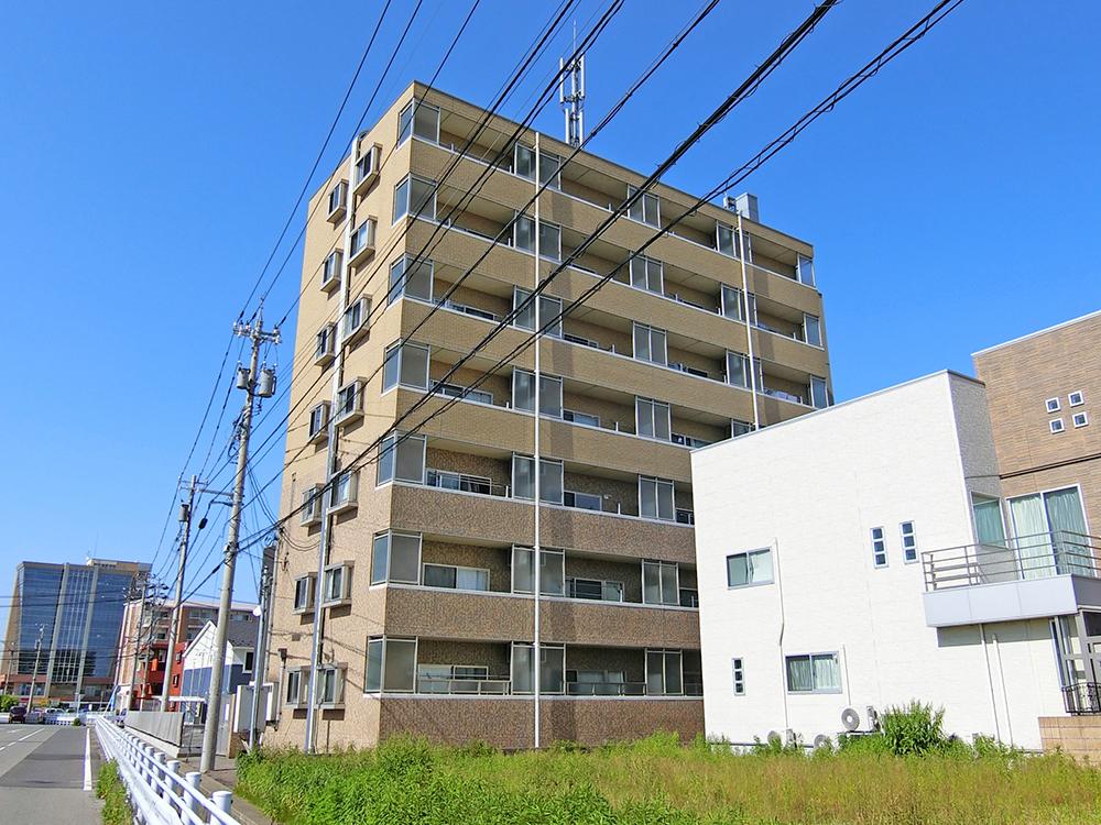 303号室(7階建-3階)