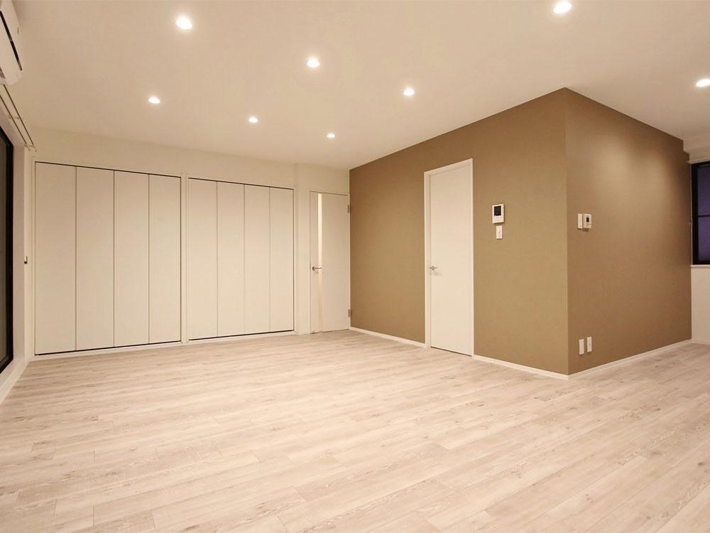 302号室(4階建-3階)